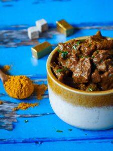 Runderstoof curry met lekkere groenten